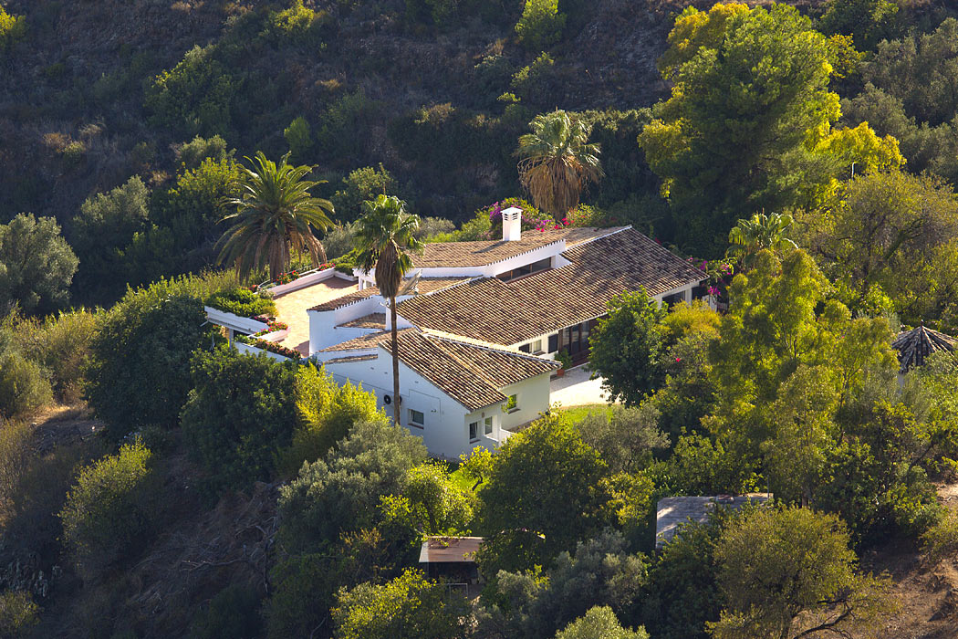 Aerial photograph of a luxury villa in Spain